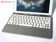 Клавиатура и тачпад
