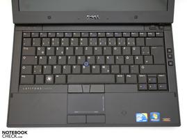Клавиатура удобного размера с подсветкой