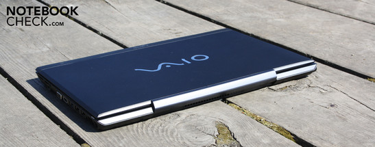 Sony Vaio VPC-SB1Z9E/B: The pre-series configuration with Core i5-2520M isn't available in shops