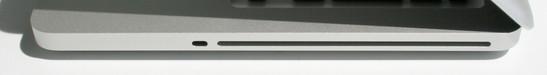 Справа: разъем для замка Кенсингтона, привод оптических дисков superdrive.