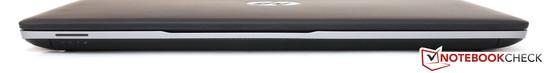 Спереди портов нет. Черная полоска слева - не SD-картридер, а панель с LED-индикаторами.